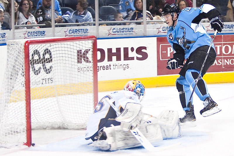 AHL (American Hockey League) in Photos- Mike Bartlett Milwaukee Admirals
